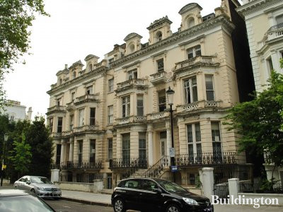 25-26 Pembridge Square