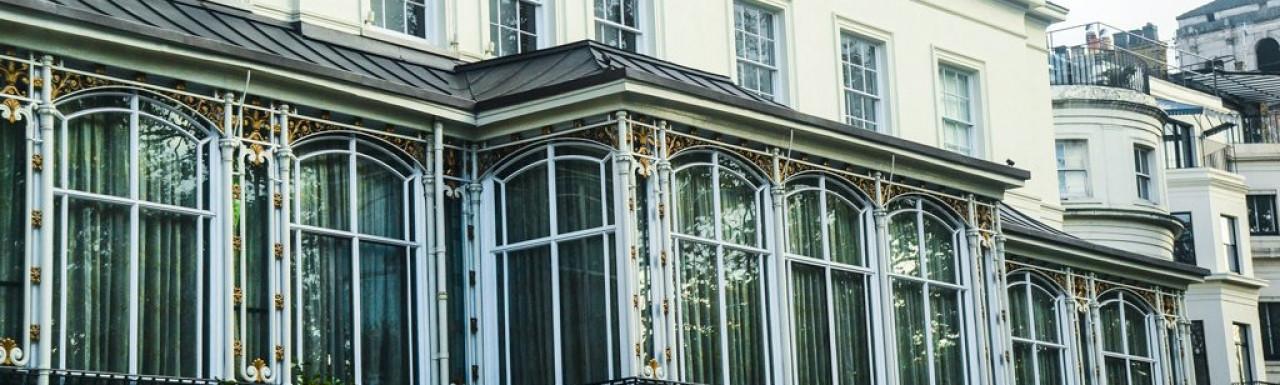 Dudley House windows facing Park Lane