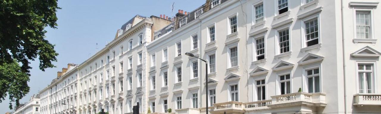 33 St George's Square building in Pimlico, London SW1.