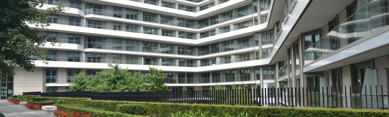 Vista building in July 2017