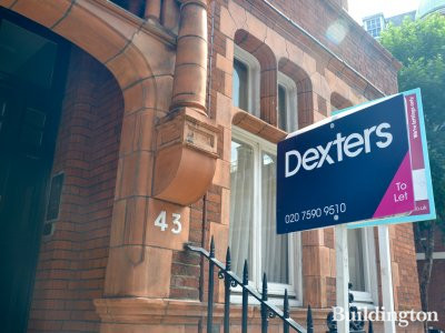 To let sign by Dexters at 43 Draycott Place in July 2017