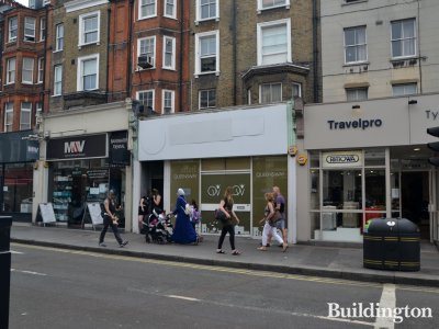 129 Queensway shop premises are available to let in July 2017