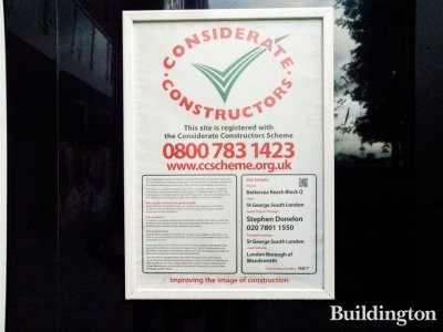 Battersea Reach Block Q Considerate Constructors scheme banner on site in 2014.