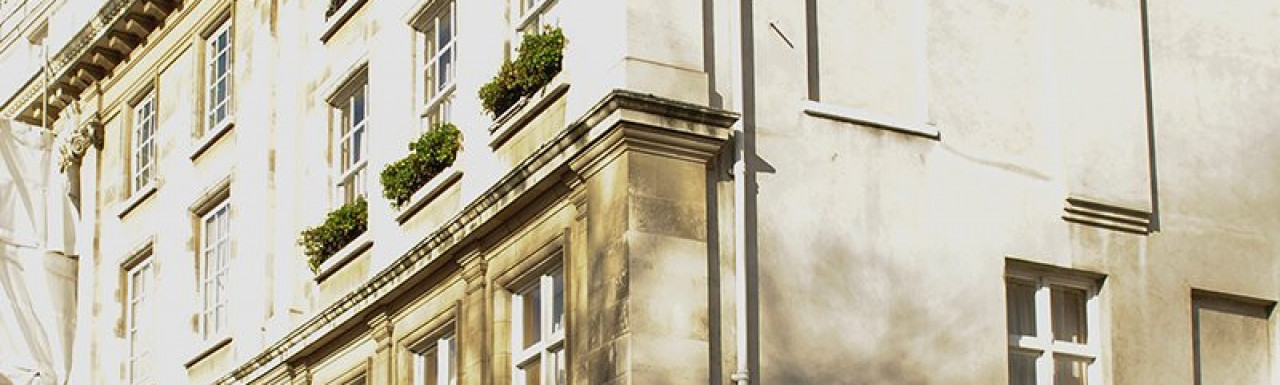 View to 30 Wilton Crescent from Wilton Row in Belgravia, London SW1.
