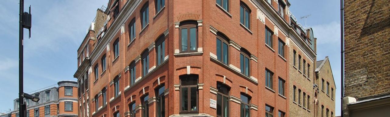 Union Cafe at 96 Marylebone Lane