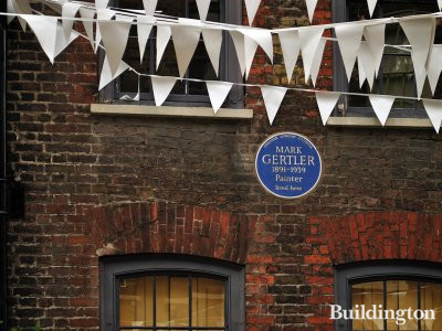Blue plaque for painter Mark Gertler who lived here at 32 Elder Street.