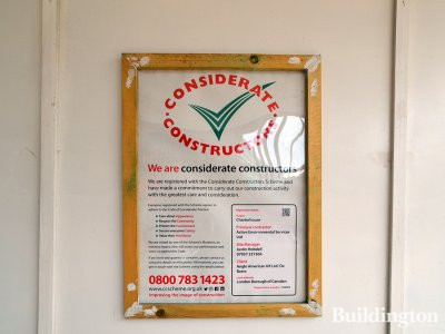 Considerate Constructors' banner at 17 Charterhouse Street in London EC1.