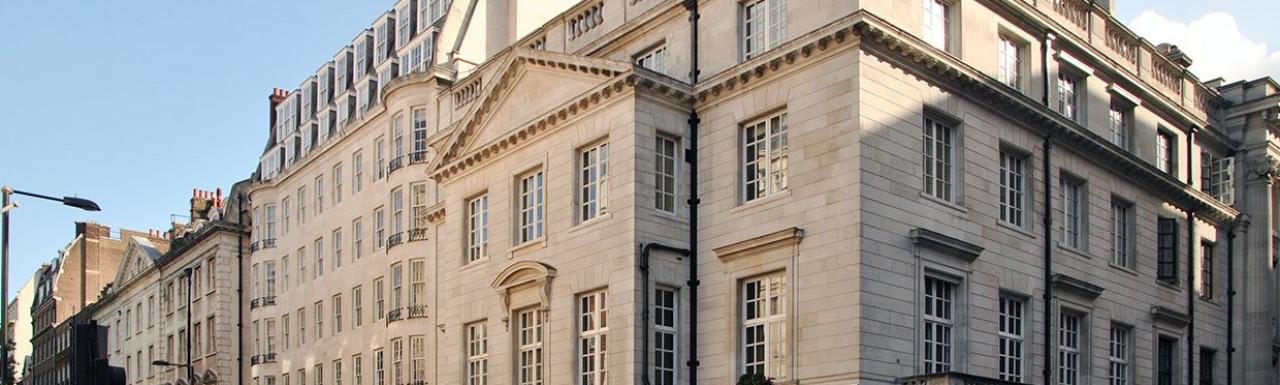 View to 37-38 Upper Grosvenor Street rom Park Street.