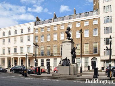 Surgeon Joseph Lister's (1827–1912) bust (by Sir Thomas Brock 1922) in front of 92-96 Portland Place.