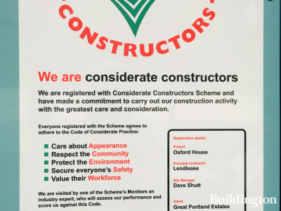 Considerate Constructors scheme banner at Oxford House development.