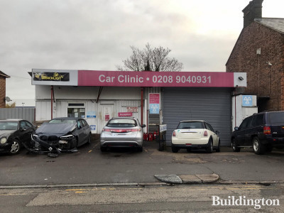 Car Clinic building at 8-16 Peel Road in November 2020. Across the road from East Lane Tesco Express.