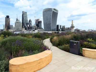 View to the City from the roof terrace at 33 King William Street. Adjustable pedestals supplied and installed by Buzon.