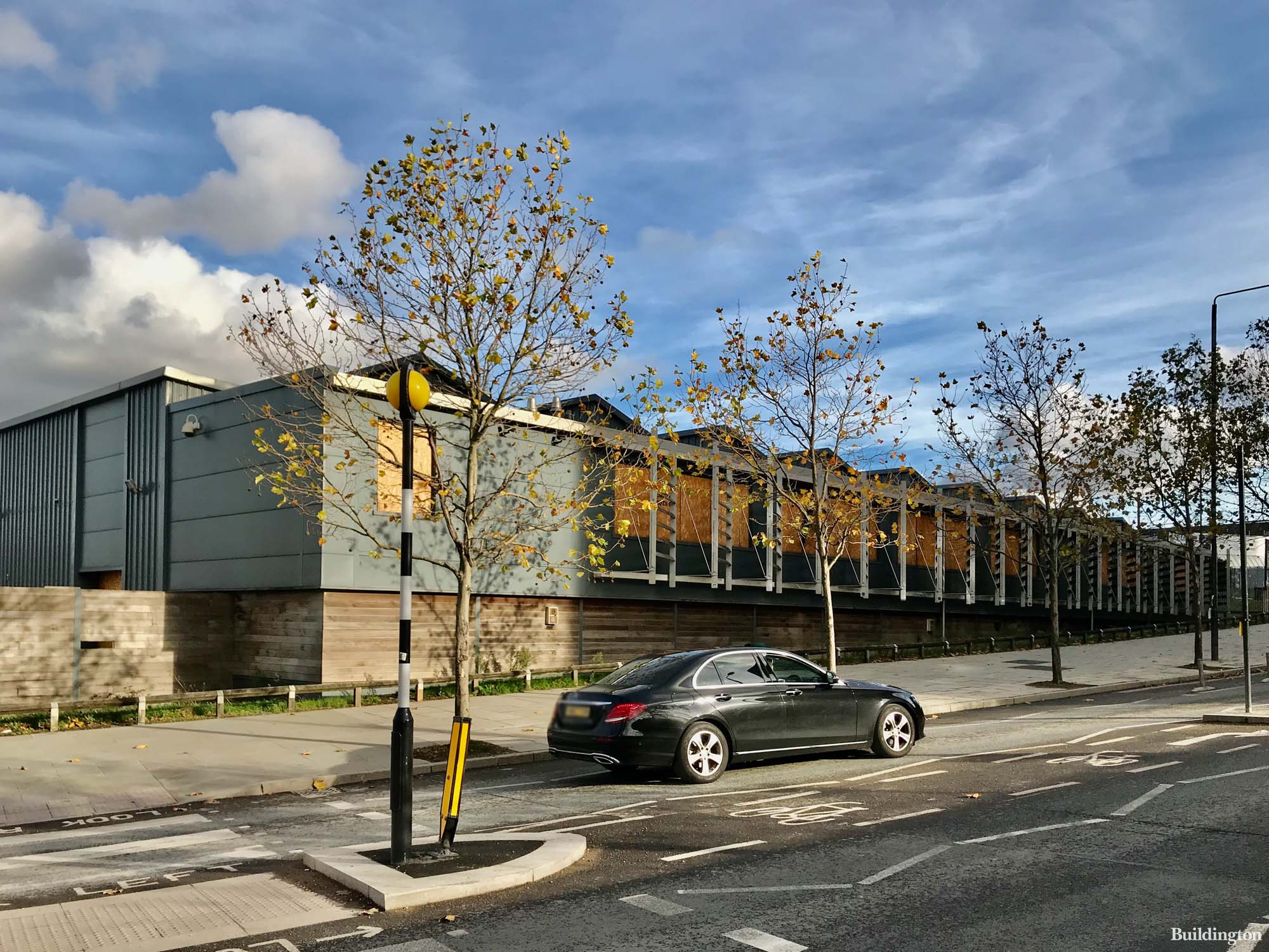 King's Cross Triangle Site in autumn 2020. King's Cross Construction Skills Centre temporary building on York Way.