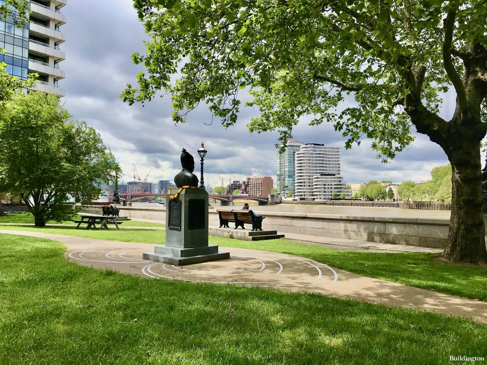 View to Riverwalk from Albert Embankment.