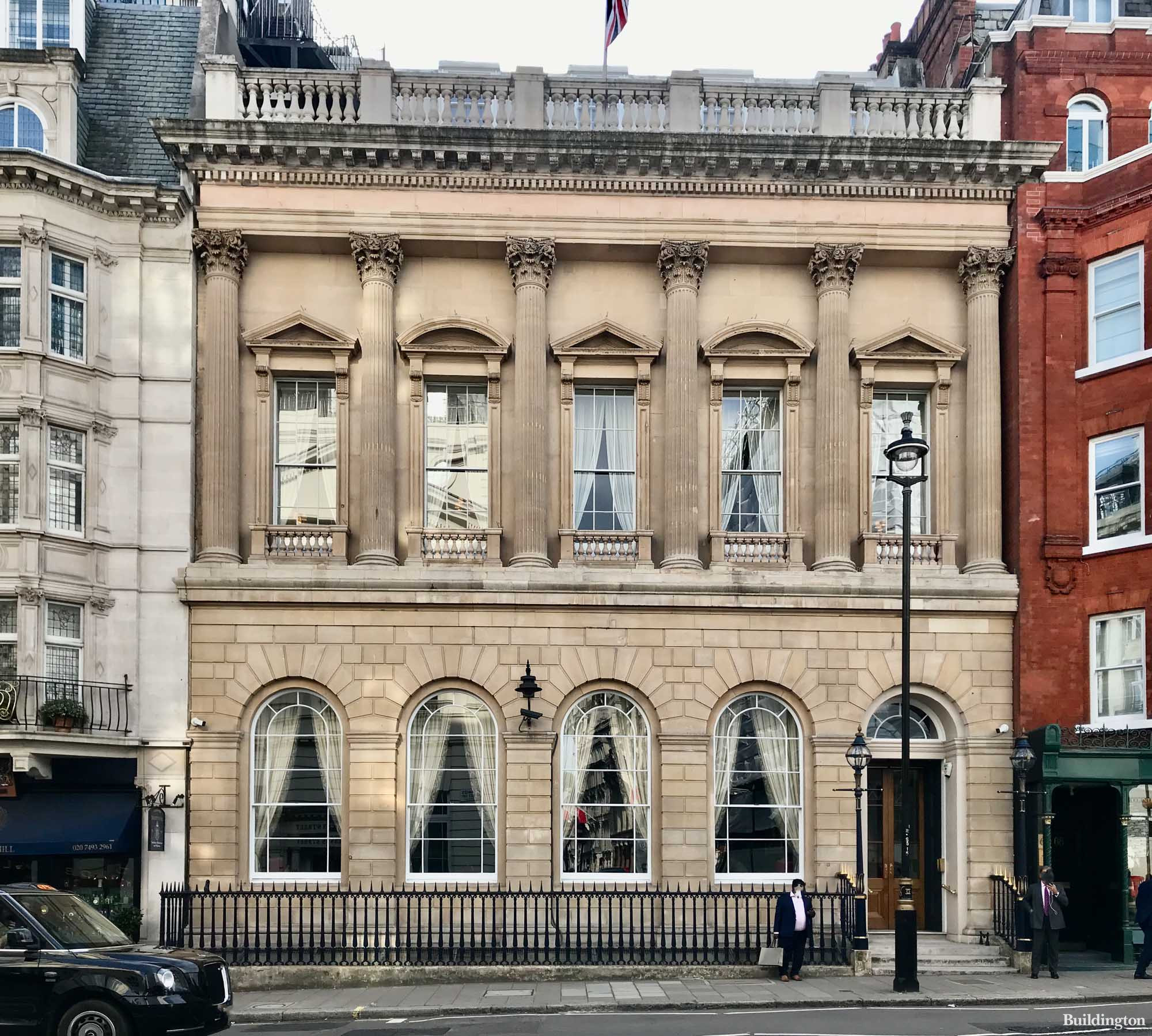69 St James's Street is home to members-only Carlton Club.
