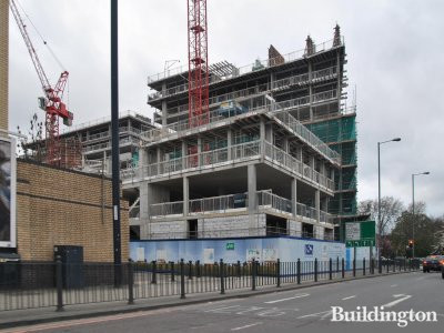Blackwall Reach, phase 1 of the development in April 2014