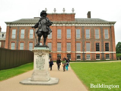 William III statue on the south of Kensington Palace